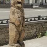 """Деревянная скульптура """"Медведь"""". Ленина 19."""
